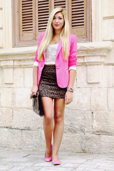 pink blazers 30 looks to help you rock it  fashion
