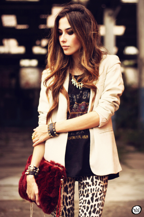 fashioncoolture-26-03-2013-look-du-jour-charry-leopard-pants-calc3a7a-oncinha-blazer-t-shirt-asos-kafc3a9-7